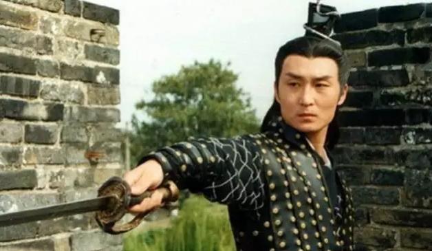 tai-tu-phim-so-luu-huong-uong-ruou-say-tai-nan-chet-khi-vo-sap-sinh-con