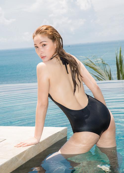 ngoc-duyen-va-dan-mau-dien-bikini-khoe-dang-sexy-7