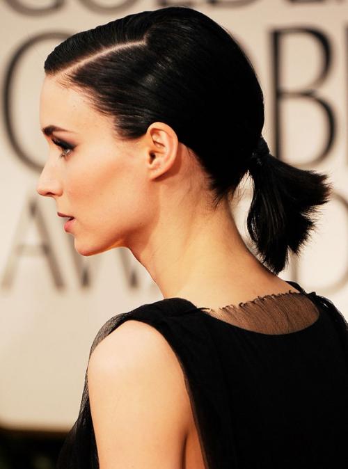 Kiểu tóc này cũng được nhiều mỹ nhân lựa chọn khi xuất hiện trên thảm đỏ.