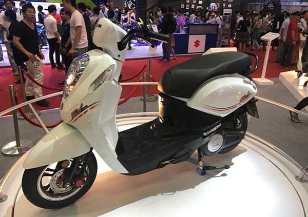 loat-xe-dien-tai-viet-nam-motorcycle-show-2017-2