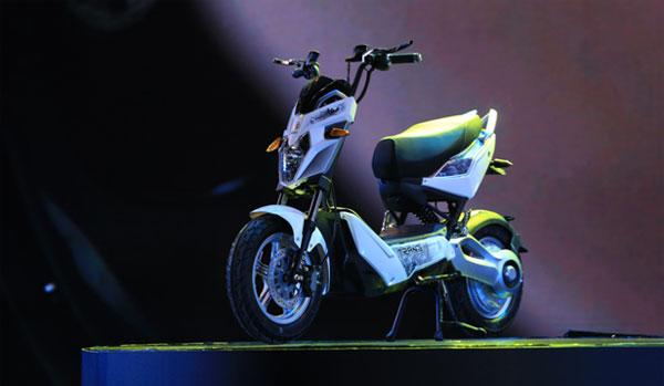 loat-xe-dien-tai-viet-nam-motorcycle-show-2017-3