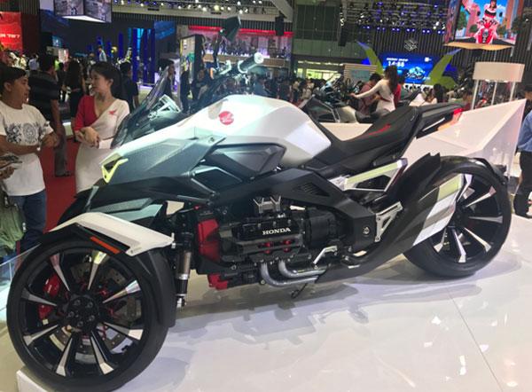 loat-xe-dien-tai-viet-nam-motorcycle-show-2017