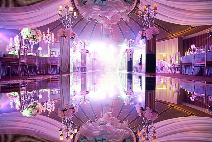 Dù chỉ mời vỏn vẹn 125 khách mời nhưng chi phí để tổ chức sự kiện này không hề nhỏ khi cô dâu chú rể chọn mặt gửi vàng toàn các bên cung cấp dịch vụ cưới nổi tiếng thế giới.