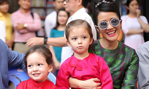 Hồng Nhung: 'Cặp song sinh nhà tôi 5 tuổi nhưng không biết Ipad là gì'