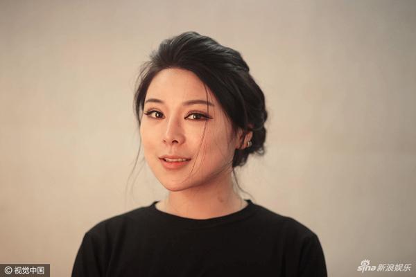 Sau lần phẫu thuật cuối cùng hồi đầu năm nay, may mắn đã mỉm cười với Bai Yu khi cô nhận được lời mời tham dự một show truyền hình thực tế.