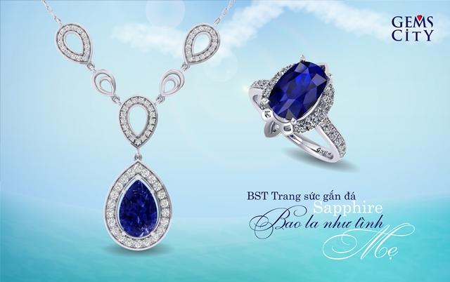 Màu xanh thanh bình của sapphire còn gợi lên cảm giác bình yên của con khi luôn được mẹ bảo vệ, che chở và dõi theo.