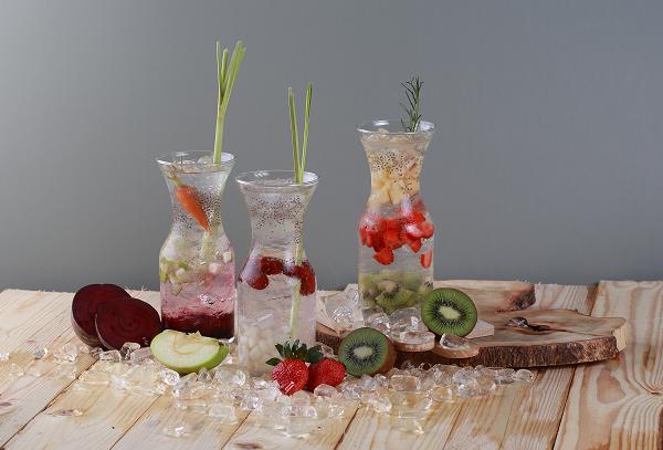 huong-vi-hap-dan-trong-tung-ly-cocktail-sangria-1