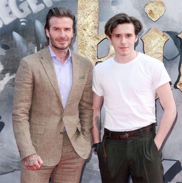 Bố con Becks trên thảm đỏ buổi ra mắt phim Vua Arthur: Huyền thoại gươm báu.