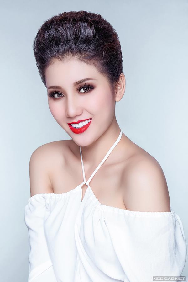 Bộ ảnh được sự hỗ trợ của Makeup: Hùng Việt, Photo: Fynz Foto.