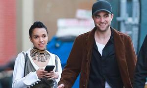 Robert Pattinson đón sinh nhật ngọt ngào bên vợ sắp cưới
