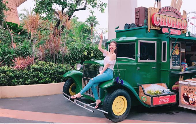 bao-thy-tu-thuong-chuyen-du-lich-singapore-sau-dang-quang-the-remix-3