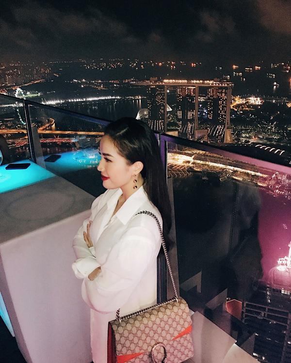 bao-thy-tu-thuong-chuyen-du-lich-singapore-sau-dang-quang-the-remix-6