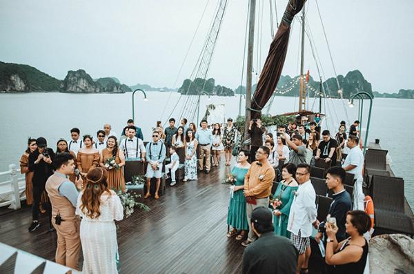 Mei đã sinh sống và làm việc ở VN được 7 năm, cảm thấy vô cùng gắn bó với VN nên muốn đám cưới được diễn ra ở đây thay vì ở Philipin