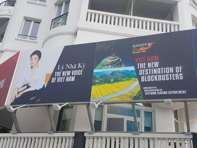 ly-nha-ky-len-tieng-ve-tam-pano-gay-tranh-cai-tai-lhp-cannes
