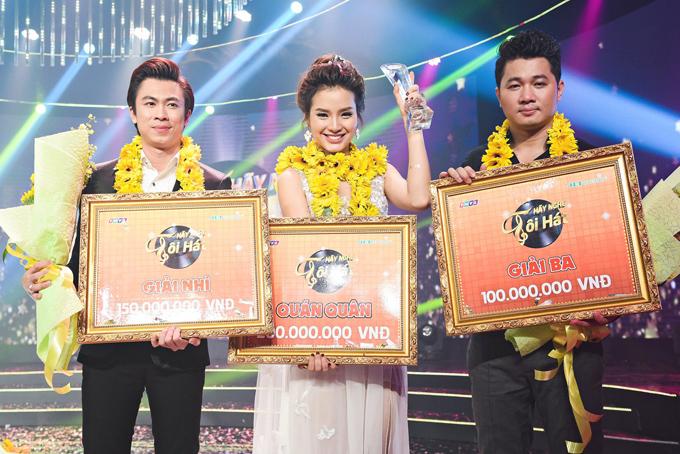 Tối qua, Hồ Việt Trung được trao giải nhì, Lâm Vũ giải ba.