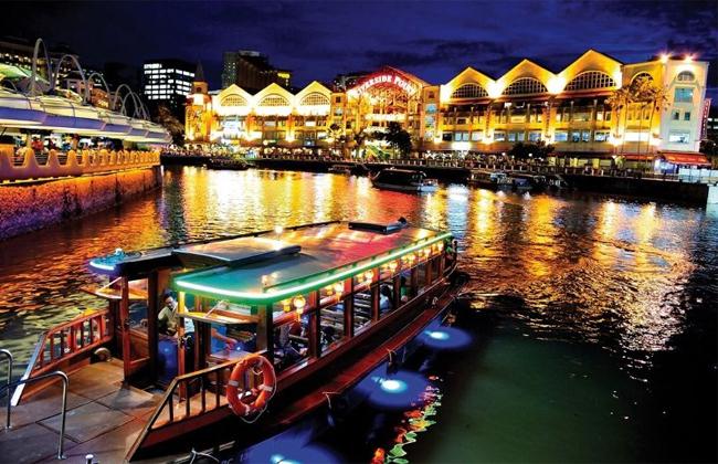 kham-pha-pho-tau-o-singapore-buoi-dem-bang-xe-ba-banh-va-thuyen-1