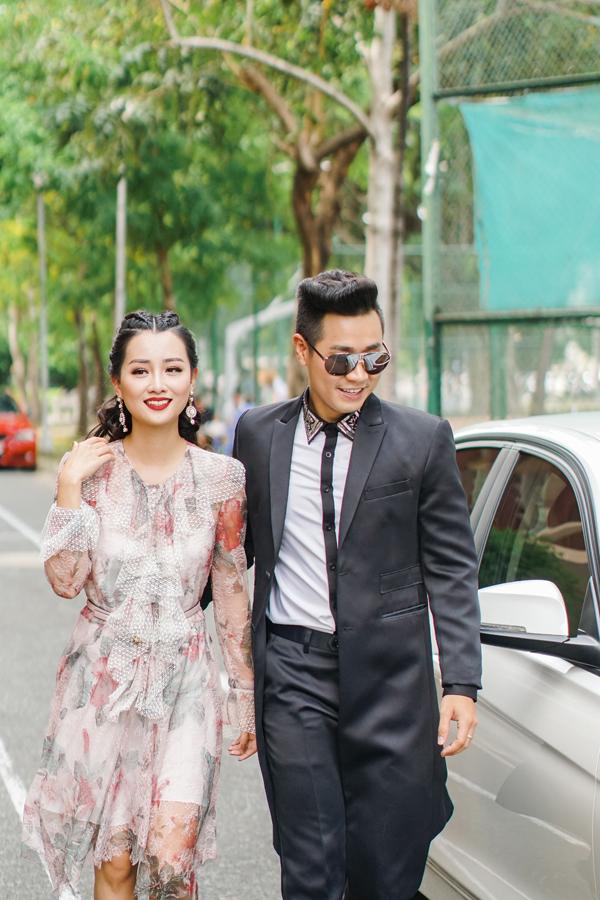 mc-nguyen-khang-cham-soc-quynh-chi-nhu-tinh-nhan-2