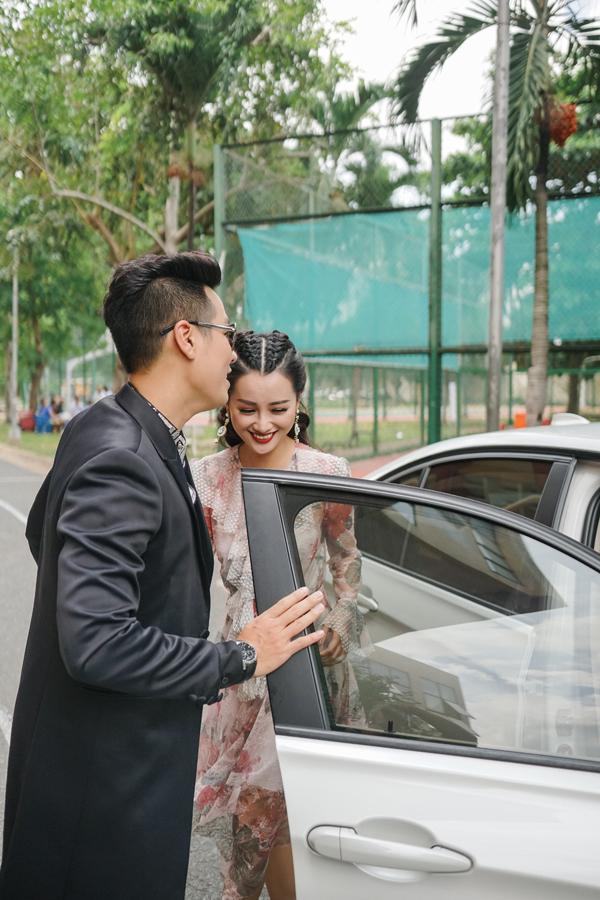 mc-nguyen-khang-cham-soc-quynh-chi-nhu-tinh-nhan-1