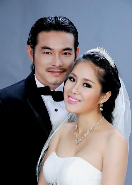 sao-viet-da-chia-tay-nhung-van-phu-nhan-tin-don-ran-nut-2