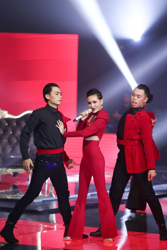 lo-dien-4-guong-mat-buoc-vao-chung-ket-giong-hat-viet-2017-15