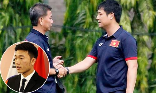 Khi HLV, cầu thủ Việt thể hiện khả năng nói tiếng Anh