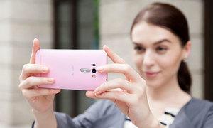 Cách chụp ảnh selfie đẹp với smartphone