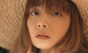 Từng cãi vã với BTC, Hoàng Oanh vẫn tiếp tục thi Next Top Model