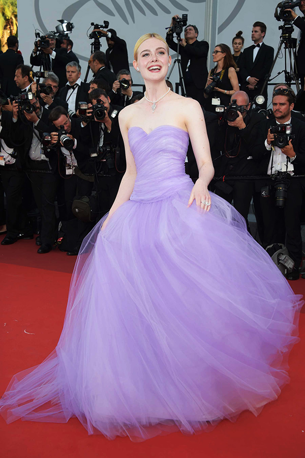 6-my-nhan-thong-linh-tham-do-cannes-2017-3