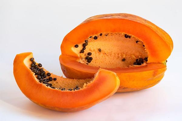 Một quả đu đủ cỡ vừa chỉ chứa khoảng 10 g đường, là nguôn itamin C và vitamin A và một nguồn folate và kali dồi dào. Xem thêm tại: HEATH VIỆT NAM