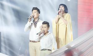 Danh ca Cẩm Vân - Anh Tú hát 'Cát bụi'
