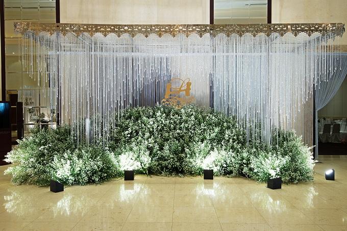 chiem-nguong-khong-gian-cuoi-dang-cap-tai-white-palace