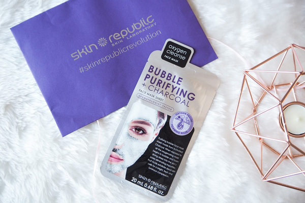 Skin Republic Bubble Purifyng and Charcoal Sheet Face Mask.