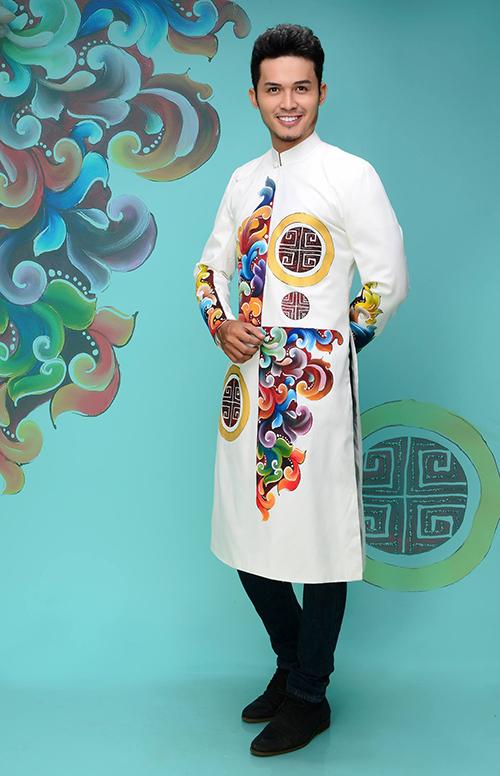 Trắng là màu sắc dễ mặc, phù hợp với làn da châu Á.