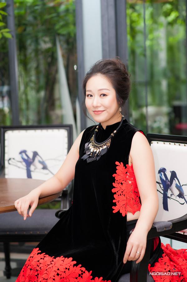 ngo-phuong-lan-rang-ro-di-su-kien-giua-troi-nang-hon-40-do-c-2