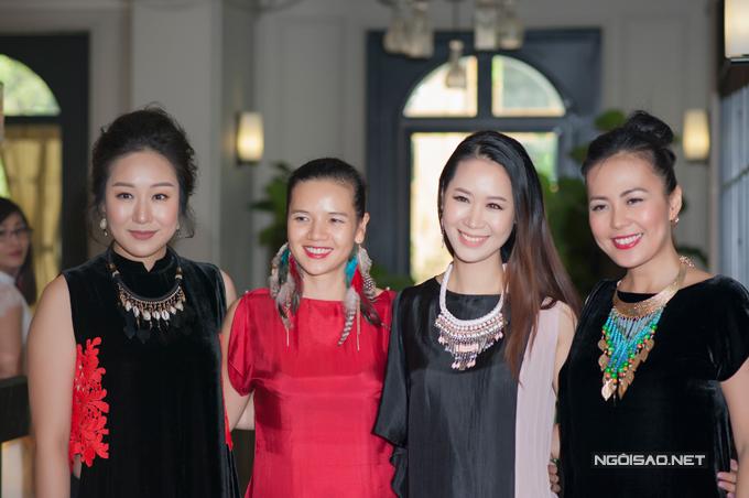 ngo-phuong-lan-rang-ro-di-su-kien-giua-troi-nang-hon-40-do-c-6