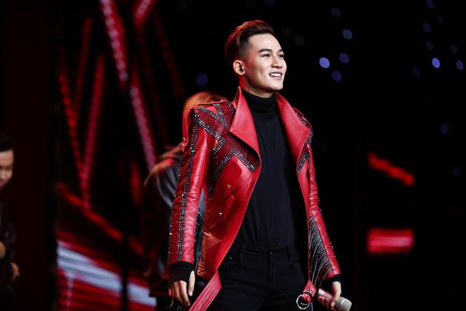 hanh-trinh-den-ngoi-quan-quan-the-voice-2017-cua-ali-hoang-duong-3