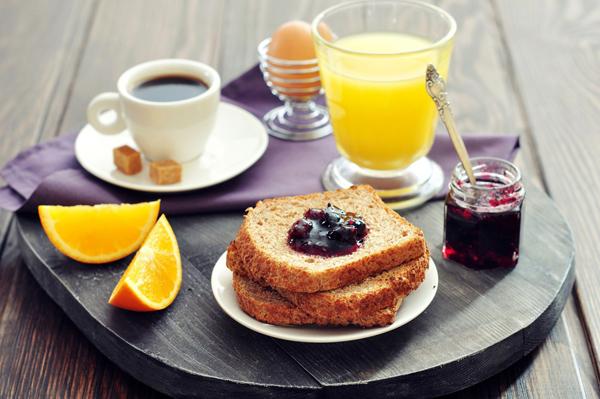 Ăn sáng vào lúc 7 giờ