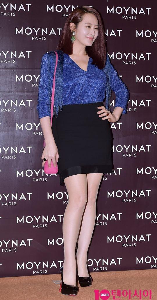 kim-hye-soo-tuoi-47-khien-khan-gia-nguong-mo-vi-ve-dep-day-suc-song-3