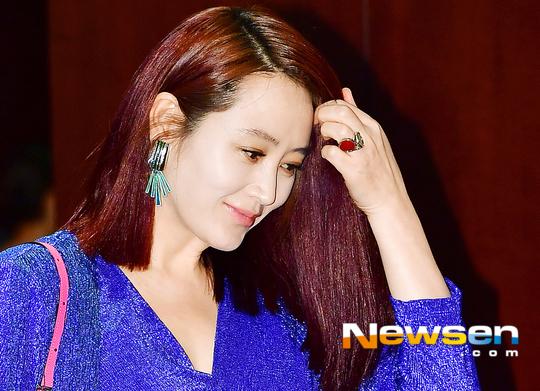 kim-hye-soo-tuoi-47-khien-khan-gia-nguong-mo-vi-ve-dep-day-suc-song-5