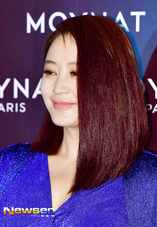 kim-hye-soo-tuoi-47-khien-khan-gia-nguong-mo-vi-ve-dep-day-suc-song-1