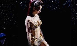 Thu Minh tự tin khoe bụng 6 múi trong trailer concert 6 tỷ
