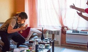 Cha tự chích ma túy để ngăn con trai nghiện hút