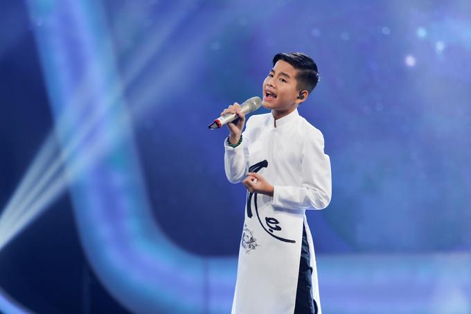 co-be-khiem-thi-duoc-vi-nhu-thien-than-duoc-gui-den-vietnam-idol-kids-5