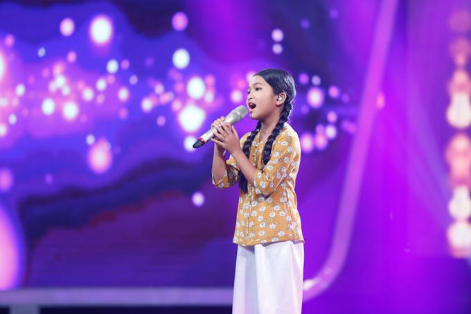 co-be-khiem-thi-duoc-vi-nhu-thien-than-duoc-gui-den-vietnam-idol-kids-3