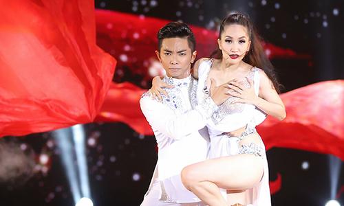 Khánh Thi mang chuyện ghen tuông với Phan Hiển lên sân khấu