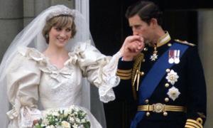 Công nương Diana từng cố cắt cổ tay chỉ vài tuần sau đám cưới
