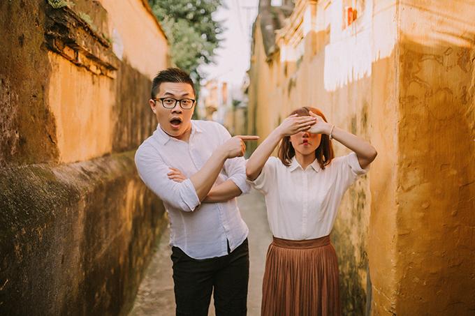 Chủ nhân của bộ ảnh cưới lãng mạn này là cô dâu Nguyễn Thị Kiều Oanh và chú rể Nguyễn Văn Toản. Cả hai hiện sinh sống và làm việc tại New Zealand.