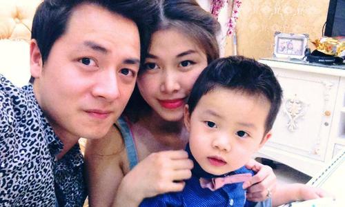 Bà xã Đăng Khôi vượt trầm cảm sau sinh nhờ sự chăm sóc của hai mẹ và chồng