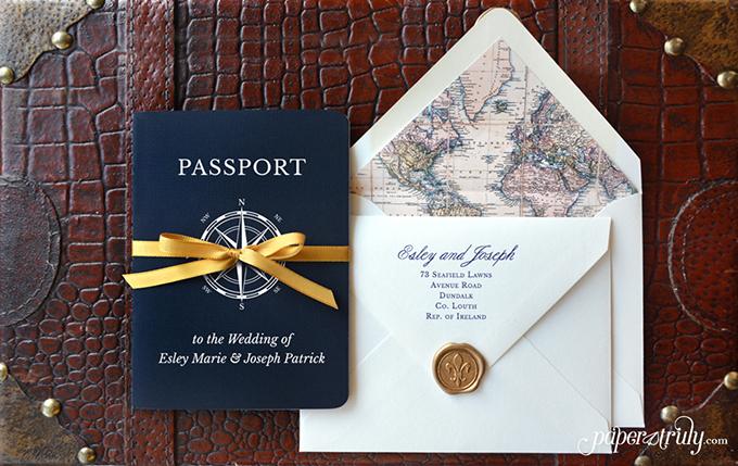 thiep-cuoi-passport-khong-dung-hang-cho-cap-doi-yeu-du-lich-2