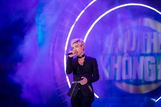 Erik đem đến cho khán giả cảmxúc tình yêu khác nhau trong hai ca khúc Ánh nắng của anh, Yêu và Yêu bản remix.